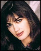 Headshot of Amanda Pays