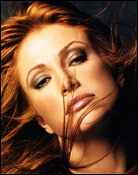 Headshot of Angie Everhart