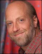 Headshot of Chris Elliott