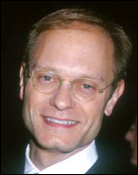 Headshot of David Hyde Pierce