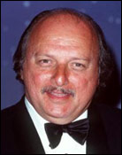 Headshot of Dennis Franz
