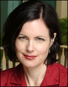 Headshot of Elizabeth McGovern