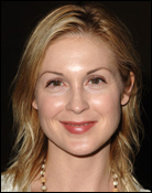 Headshot of Kelly Rutherford